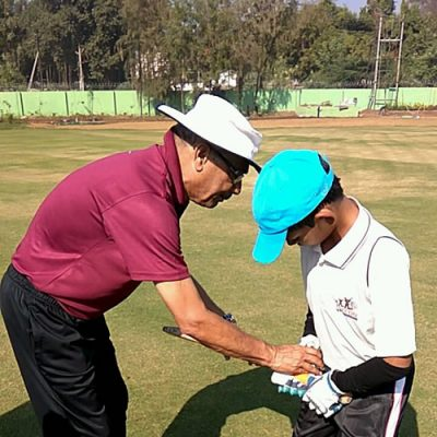 Mr. Nanavati Sharing Batting Tips